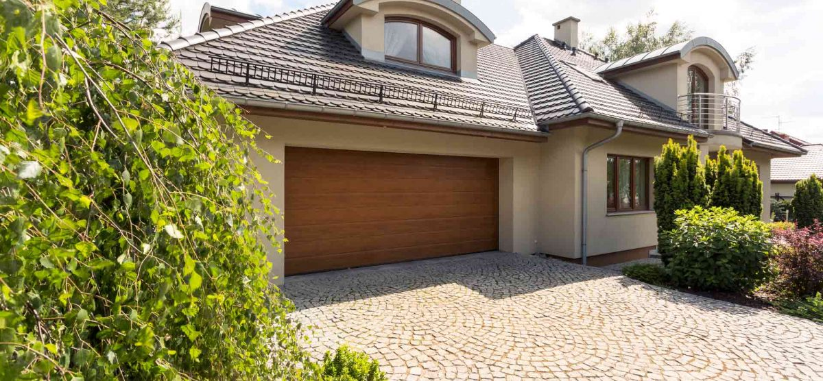 When do You Know it is Time to Replace Your Garage Door?